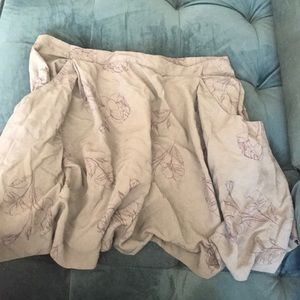 Olive green floral skirt with deep pockets